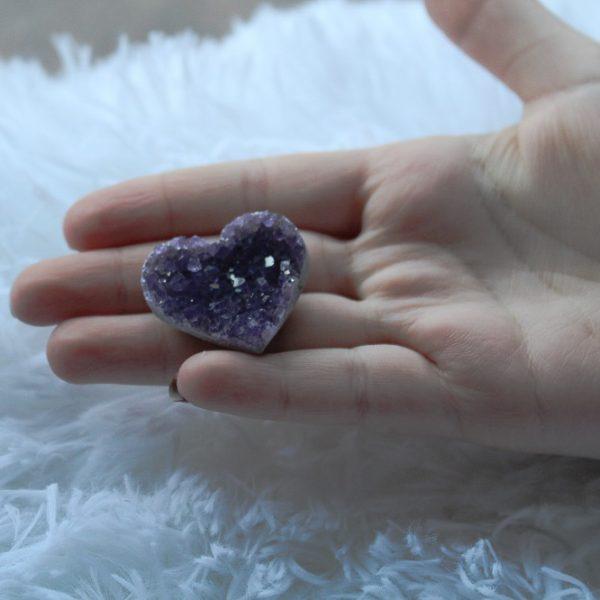 Amethyst 1 inch heart shaped crystal