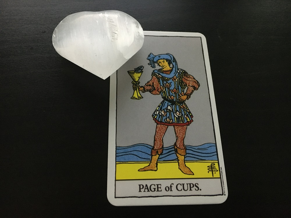 page cups tarot card reading selenite