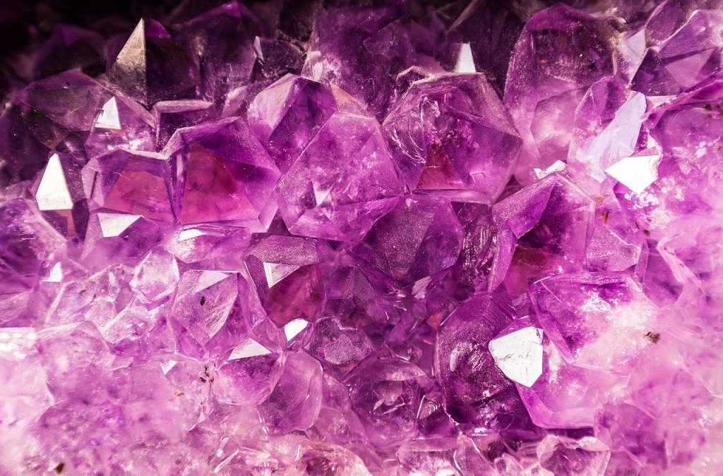How to Choose a Crystal to Clear Your Chakras